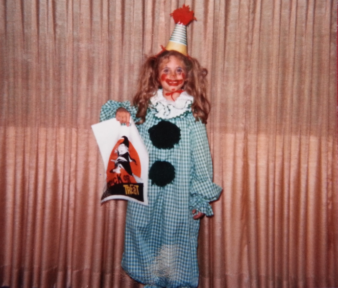 Apologies to those of you with a fear of clowns. I know I'm pretty scary here, especially with my missing tooth.